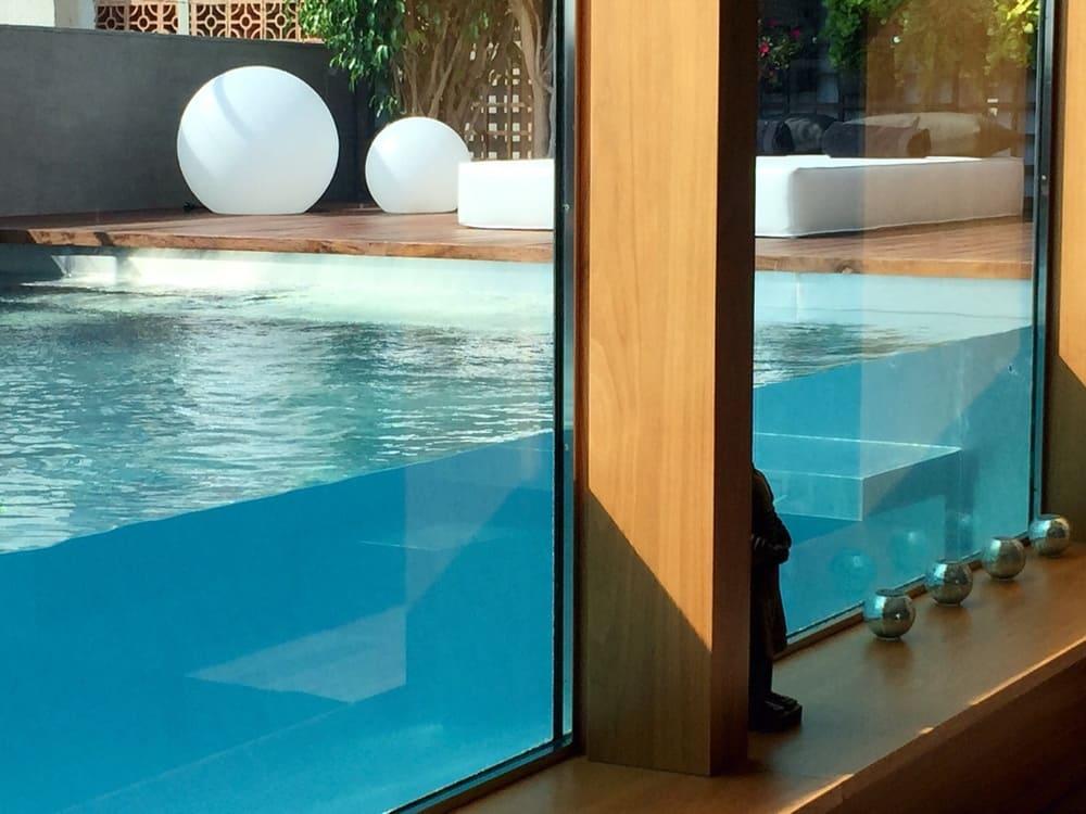 Construcción de piscinas Badalona
