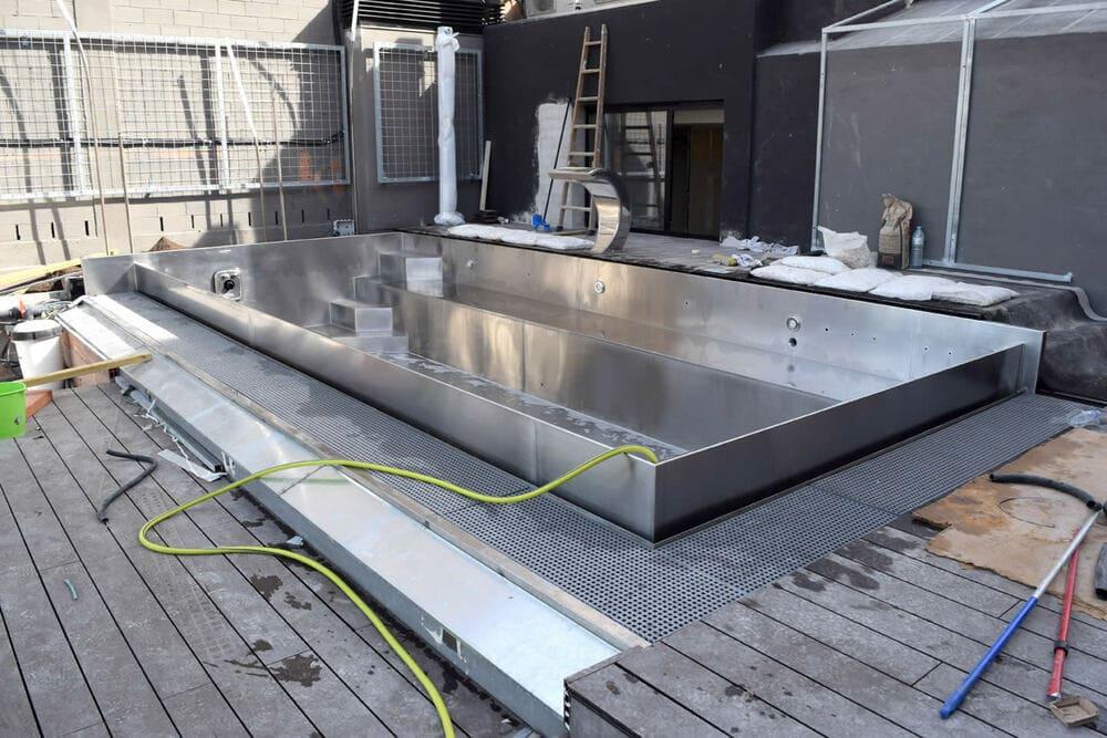 Construcción de piscinas de acero inoxidable