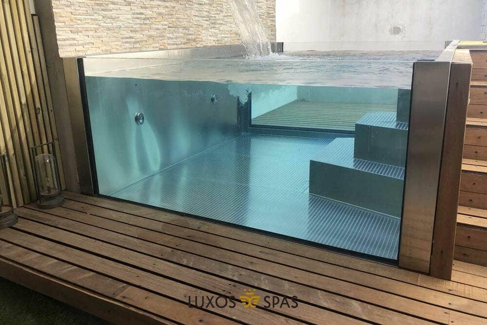 Piscina de cristal para terrazas