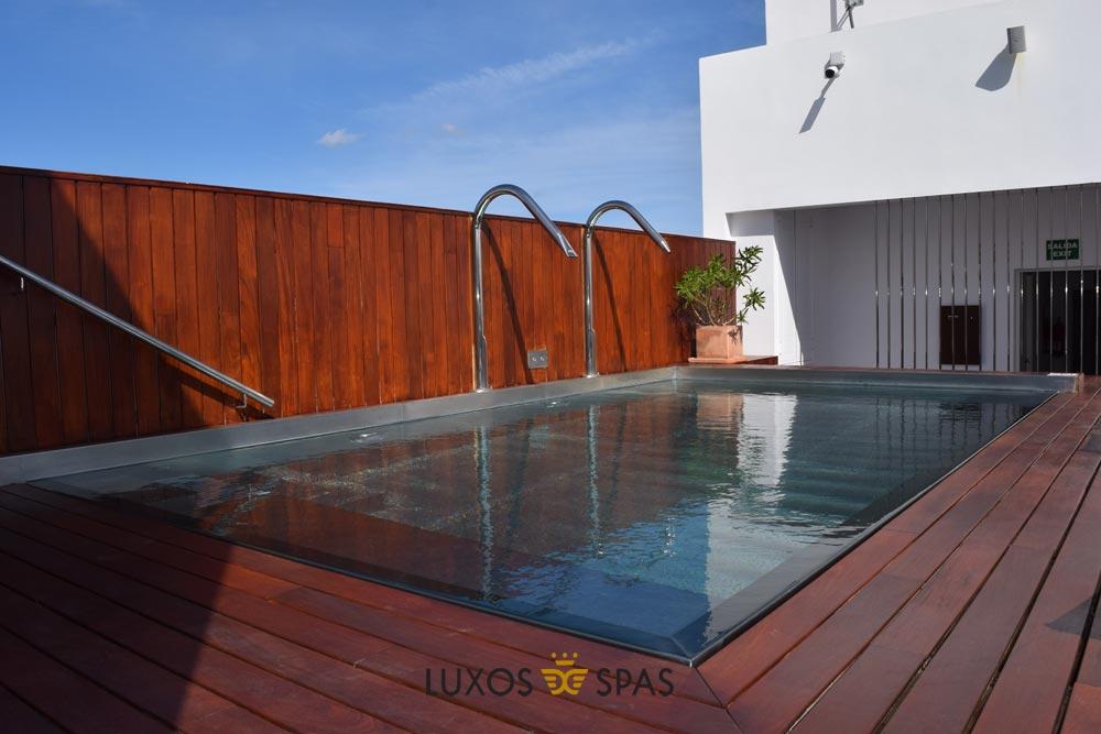 piscina para hotel en inox